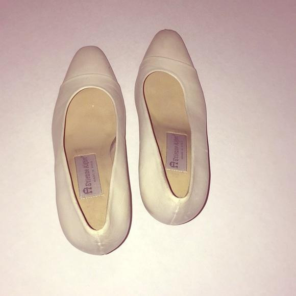 Etienne Aigner Shoes - A Etienne is Aigner women high heel shoe.